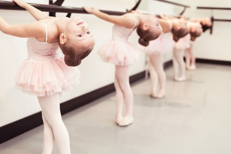 Студия классического танца «PETIPA» продолжает набор в группы: